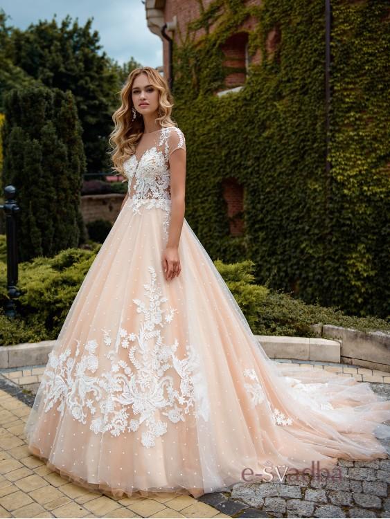 b5ec6e55a4d Свадебное платье в горошек
