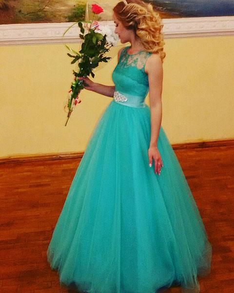 Выпускница Оксана с Киевской области