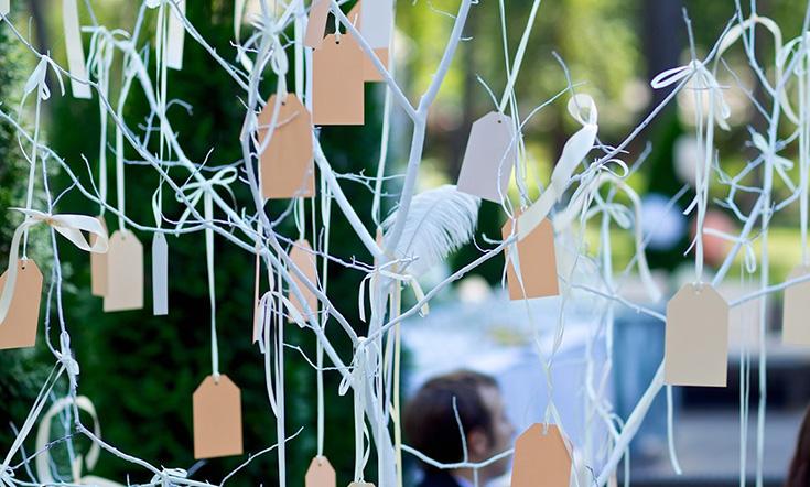 Свадебная книга в виде дерева для пожеланий