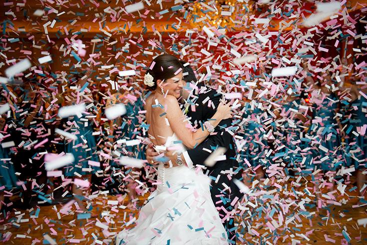 Конфетти для зимней свадьбы