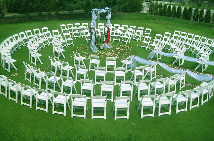 Расстановка стульев для гостей