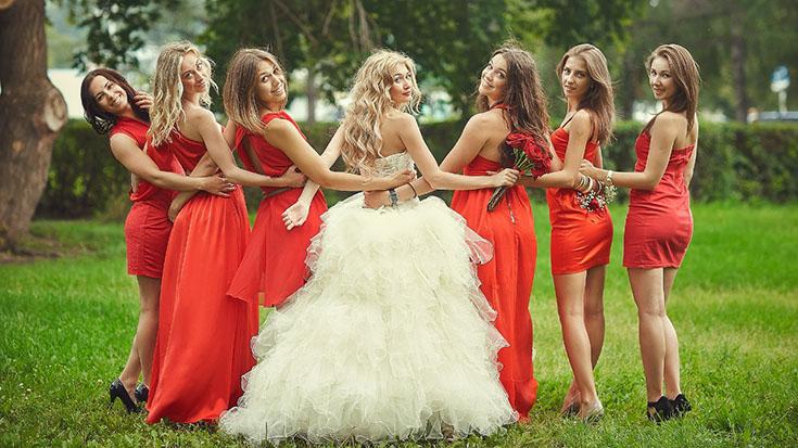 Выбор вечернего платья на свадьбу