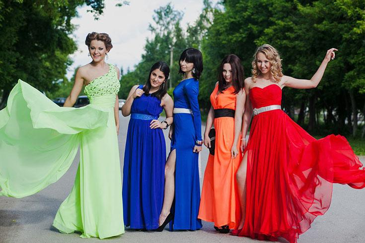 Выбор вечернего платья на выпускной